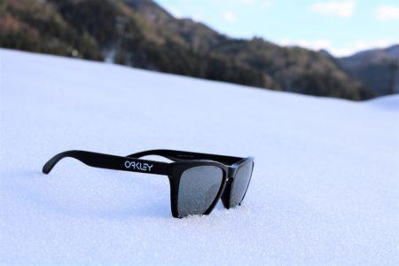 雪山 スキー スノーボード SKI SNOWBOARD 偏光レンズ POLARIZED Sports Lab. by 岡山眼鏡店 okayamagankyoten スポーツラボ OAKLEY オークリー FROGSKINS フログスキン