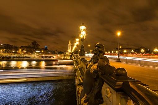 France Paris フランス パリ 橋 セーヌ川 岡山眼鏡店 okayamagankyoten